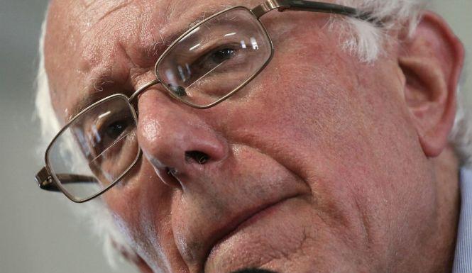 Bernie-Sanders-Picket-Line-Stop-Takes-On-Hillary-Clinton-Can-A-Socialist-Win-In-2016
